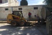 Le début des campagnes de nettoyage dans la zone extérieure des écoles de la ville de Bourguiba en vue de la rentrée scolaire